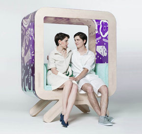 "LIFE IN 3D. Art Terrarium - Dominik Lisik, ""My Love TV seat!"", 162 x 130 x 70 cm"